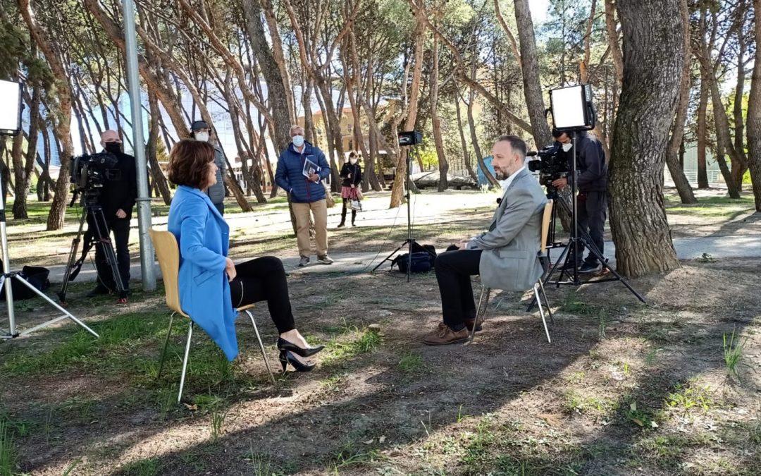 Entrevista a Eduardo Oliver en Canal Parlamento (RTVE 24h)